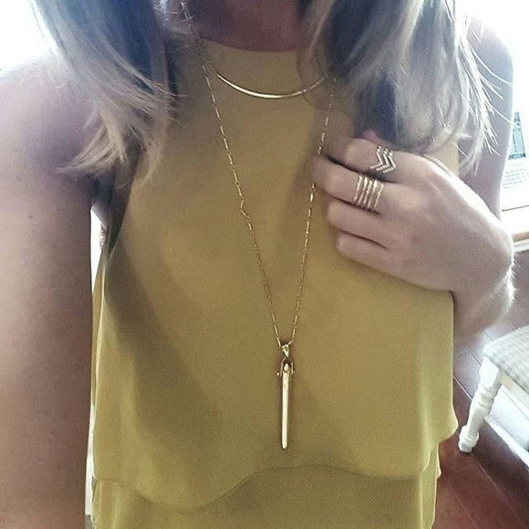 Stella & Dot Rebel necklace in gold